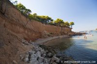Read more: Red beach,  isle vrgada